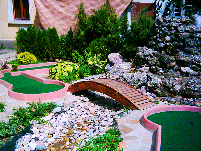 mini golf ltd miniature golf plans and layouts. Black Bedroom Furniture Sets. Home Design Ideas