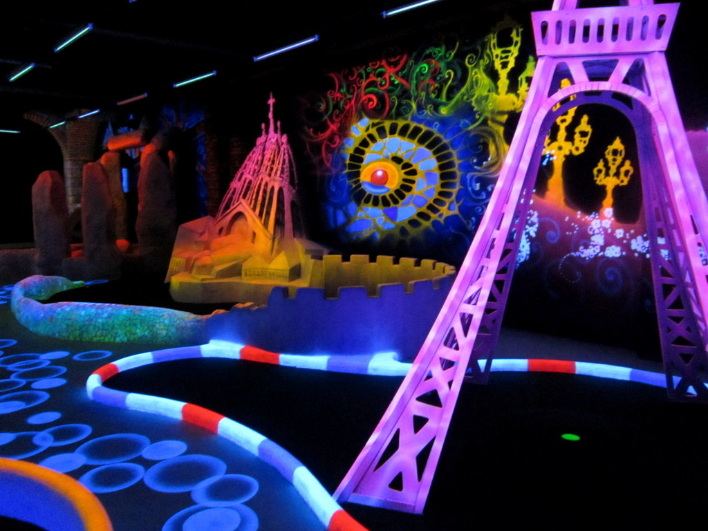 minigolf attraction
