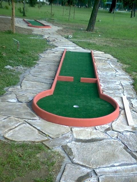 Mini Golf Ltd - Miniature golf plans and layouts. Diminsions Miniature Golf Course Design on